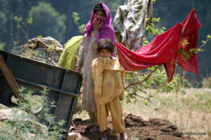 Pakistani Family on way to K2